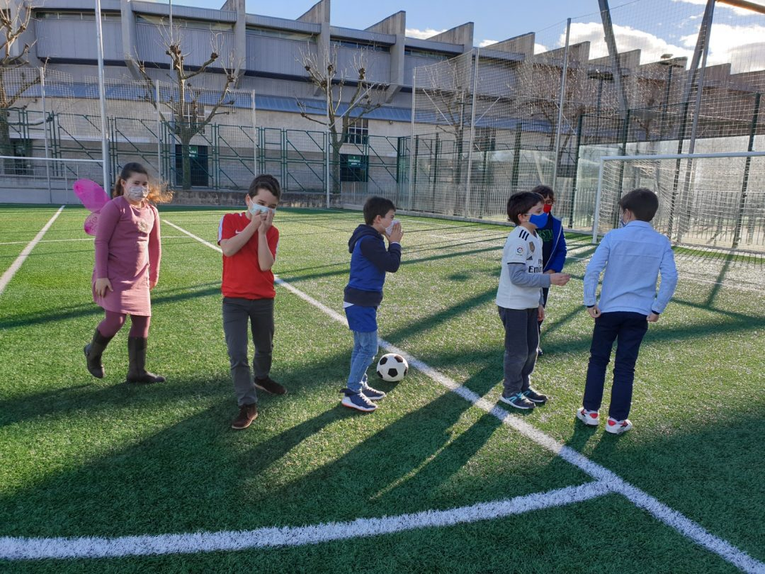 "Protegido: 3º de Primaria – Drama ""Acting out: ""The weather"" and ""Playing football"""