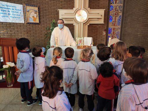 Protegido: Los niños de 5 años aprenden sobre el bautismo con el P. Agustín