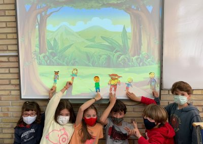 Protegido: DRAMA 3°EP – The careless giant. We enjoy using puppets!!!